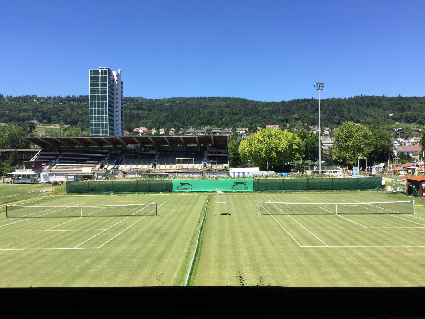 Tennis Champagne - Terrain Gurzelen